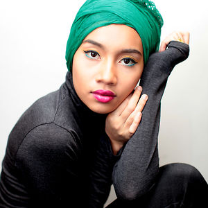 Yuna – Video Playlist and Interview (Video)