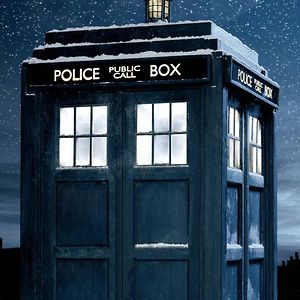 Profile picture for SirDoctorOfTARDIS
