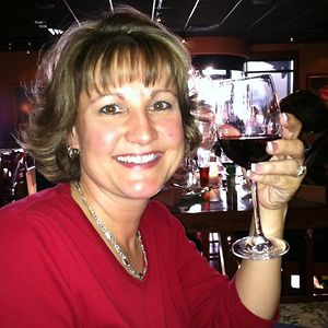 Profile picture for Kim Kolb - WineyWomen