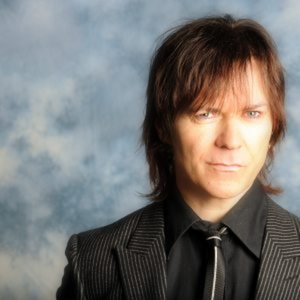 Profile picture for Lawrence Gowan