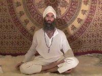 VIDEO: Harnam Singh and Bound Lotus Warm-ups
