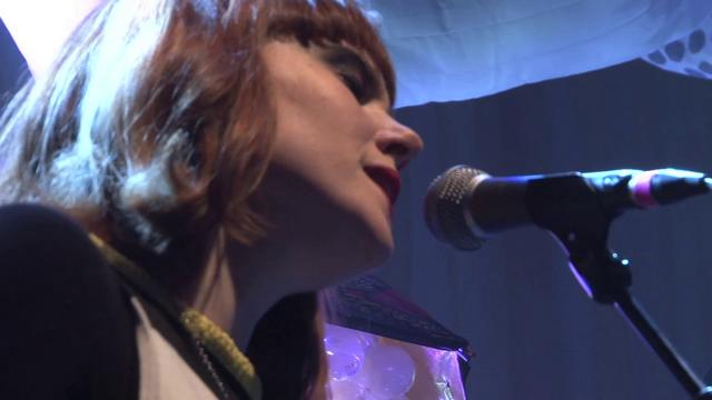 Kate Nash - 'Take Me to a Higher Plane' - @ Ninkasi Kao (Lyon, FR)