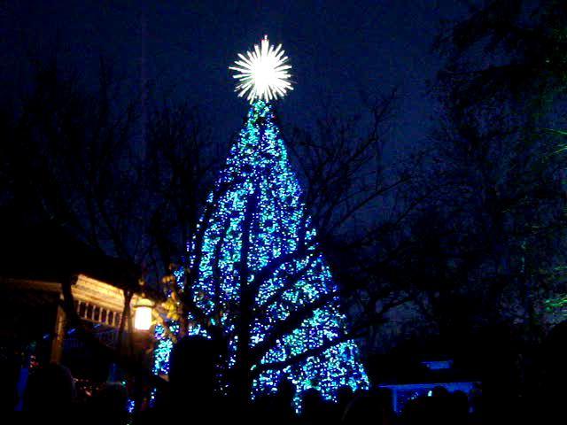 Christmas lights at silver dollar city on vimeo