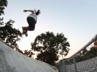 This is a teaser of up coming Tony Chen's 2010 rollerblading profile. Enjoy!
