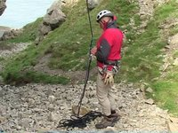 [Self Rescue for Climbers - Prusiking up a Rope]