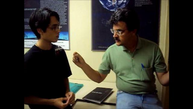 Entrevistando o Profº Adriano Aubert (Nunca na Galáxia - Ep. 1)