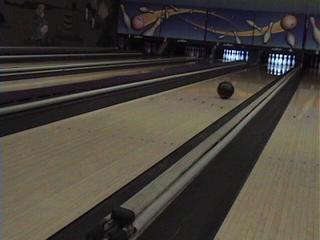 Boys' bowling team strikes a new season (video)