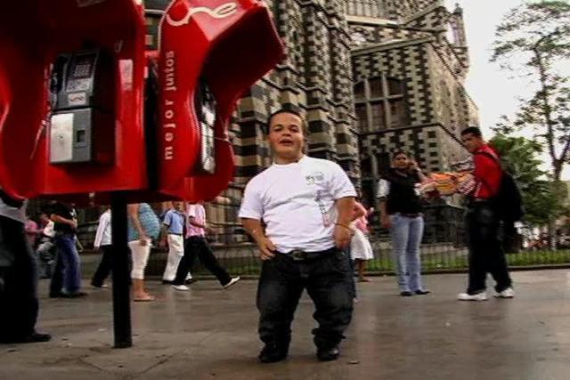 Wendy y Gustavo - Pequeñas personas latinas