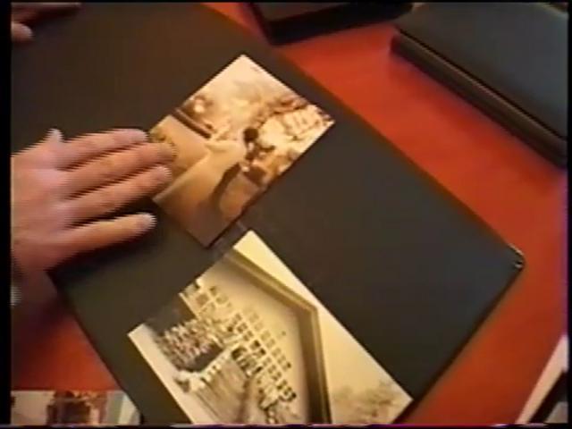 Robert London Photography on Toni On! on Vimeo