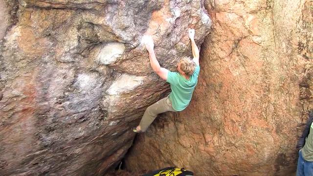 FA Of Triton (V12) At Arthur's Rock | Climbing Narcissist