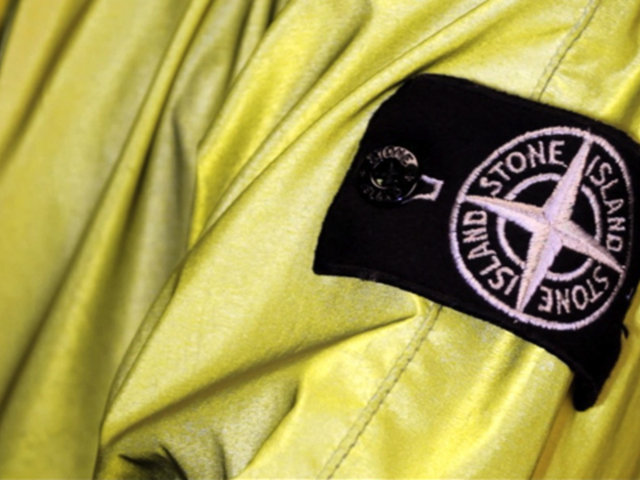 Video: Stone Island Reflective Jacket Spring/Summer 2011