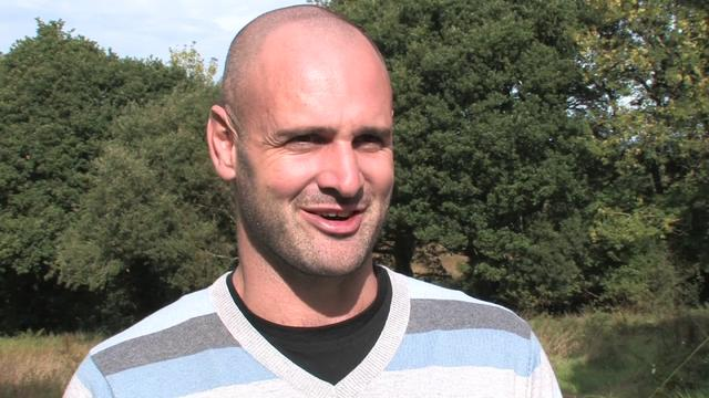 (Brand New) Marooned with Ed Stafford: Tadpoles for lunch