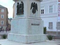 Time for Austria - Episode 28 - Walking Through Old Town Salzburg