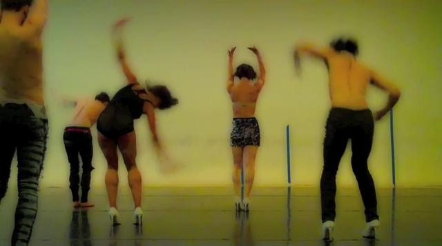 The Dance Enthusiast -Barefootnotes-A Keigwin Club Minute in rehearsal