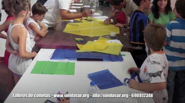 Asturias con niños: 12º Festival de Cometas de Caravia
