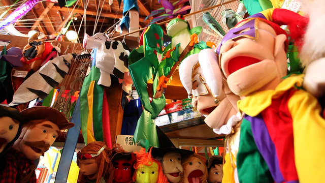 Granville Island - Kites & Puppets