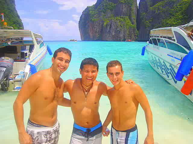 Phi Phi Don and Maya Bay Thailand Invasion with Friends