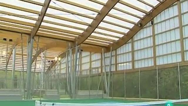 Vivir con madera madera laminada on vimeo for Madera laminada