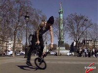 Matthias Dandois x Bastille : Ride et tricks exclu pour les G-People !