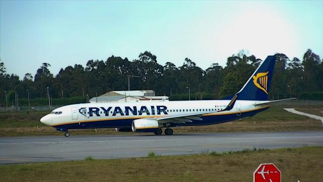 Boeing 737-800 Ryanair...