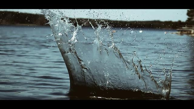 Thumbnail of video Water Splashes in Slow Motion - 4000 fps