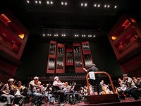 New York Philharmonic rehearses Elijah in Luxembourg