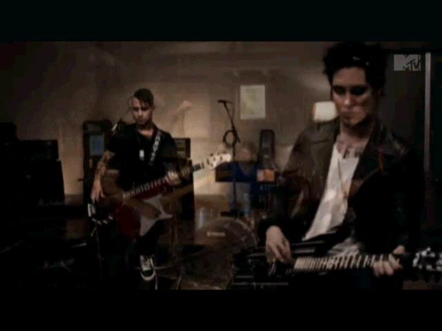 Avenged Sevenfold - So Far Away Official Video