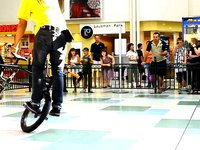 Freestyle Now bmx stunt squad bmx flatland show