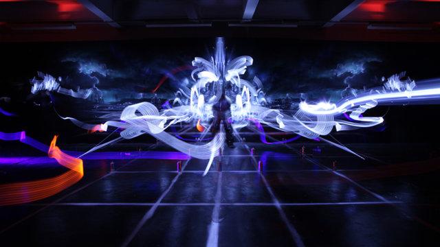 Tron legacy aerosol mural on vimeo for Daft punk mural