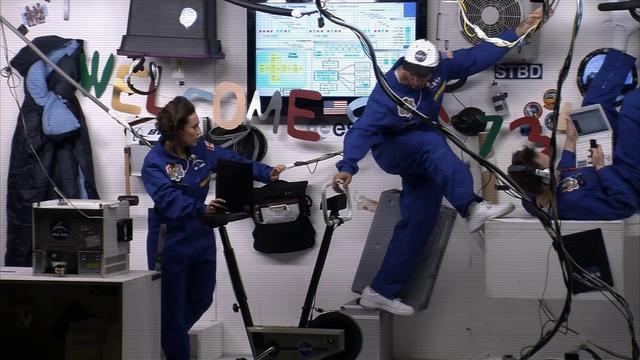 """monochrom's ISS / Episode 3 / """"Graveyard Orbit"""""""