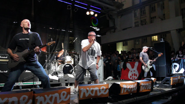 DESCENDENTS @ YONGE & DUNDAS SQUARE - NXNE 2011