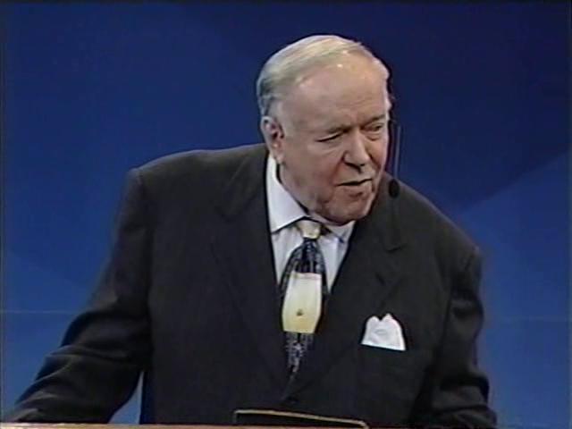Kenneth E Hagin - 2003 0123 PM - Lakeland, FL Video on Vimeo