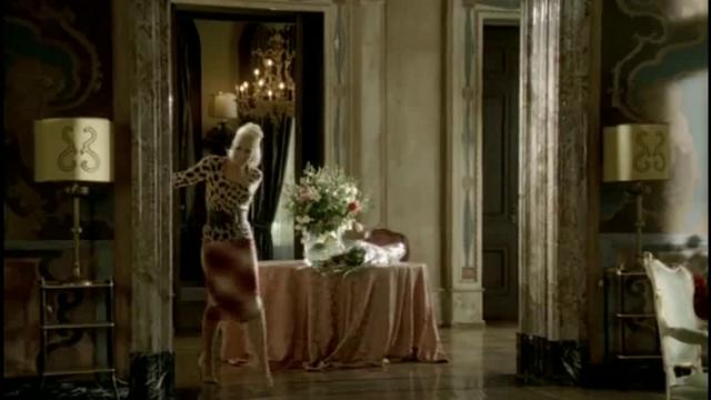 Gwen Stefani - Cool‏ on Vimeo Gwen Stefani