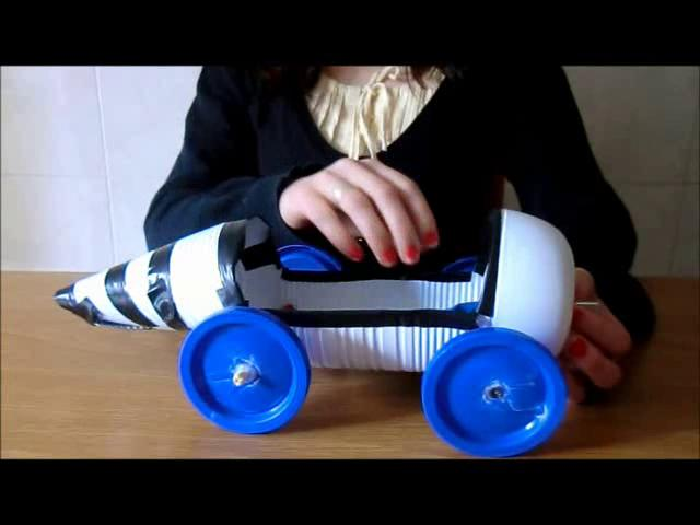 como hacer un carro con botellas plasticas