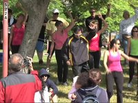 Flash Mob breaks into Waka Waka Dance