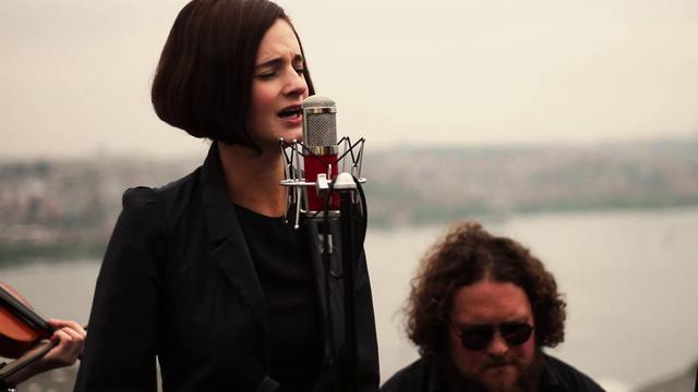 "Hooverphonic - Anger Never Dies / ""Long Way from Home"" Istanbul Acoustic Sessions"