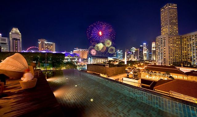 Singapore Hotel With Infinity Pool On Rooftop Image Naumi 39 S Rooftop Infinity Pool Fireworks Singapore On Vimeo