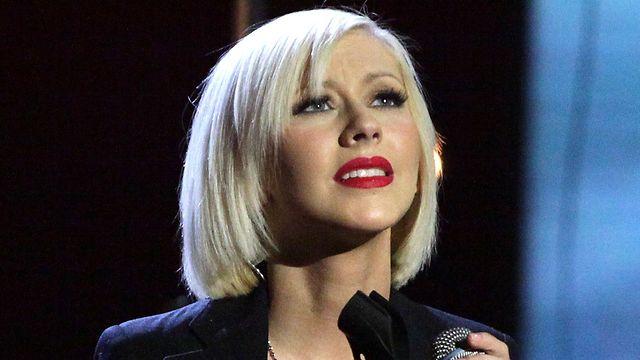 Christina Aguilera - Lift Me Up (Hope For Haiti Now) on Vimeo Christina Aguilera