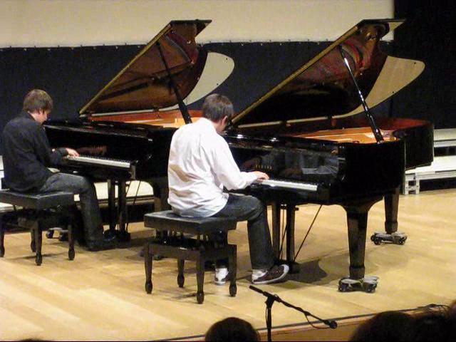 Beetlejuice theme two pianos on vimeo for Garage aggiunta piani 2 piani