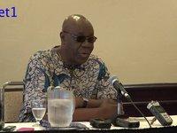 Manu Dibango en conférence de presse à Montréal-Canada.