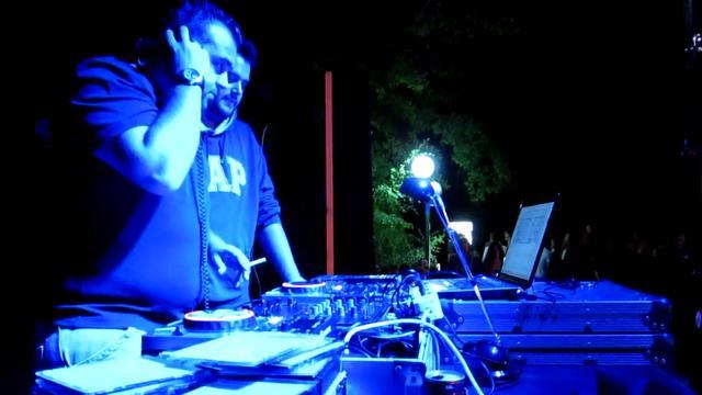 partyneolaias2011
