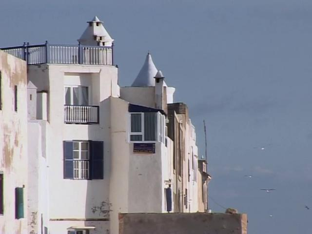 les maisons du maroc essaouira on vimeo. Black Bedroom Furniture Sets. Home Design Ideas