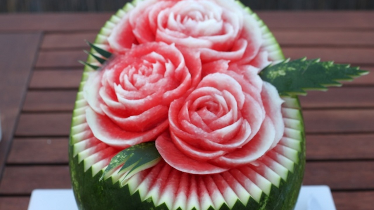Why watermelon flower carving can be a very popular past time