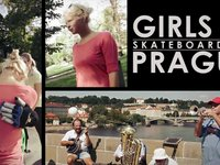 Girls in Prague - full