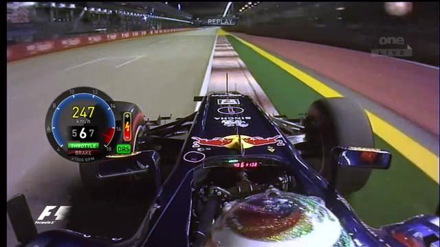F1 2011 Singapore - Sebastian Vettel's Pole Lap Onboard
