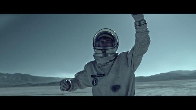 "Simple Plan ""Astronaut"""