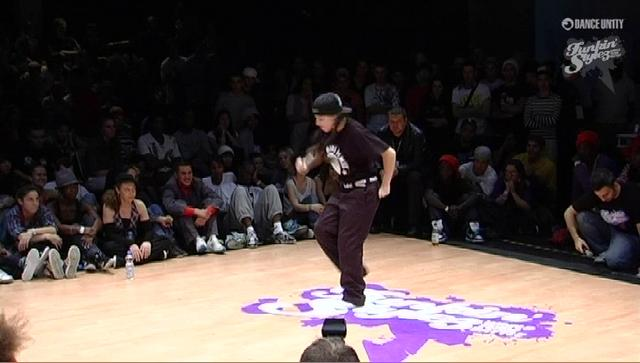 Funkin' Stylez 2009 - Locking - Jenny vs Charly