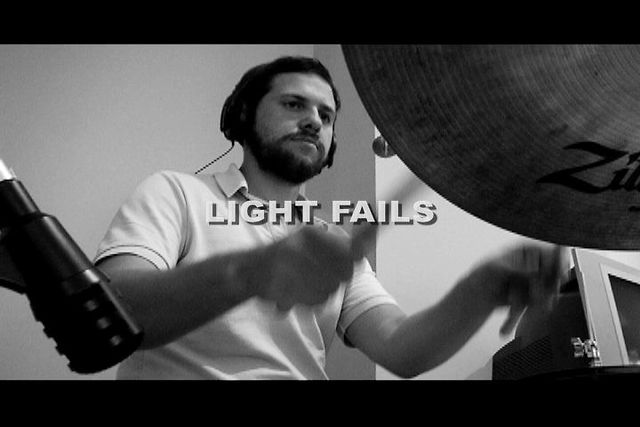 Pree - Light Fails