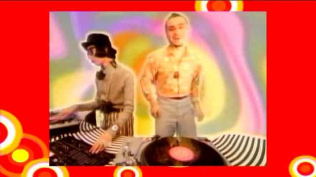 DEEE LITE vs TOCADISCO - Groove Is In The Heart (Doc-Terry Video Remix)