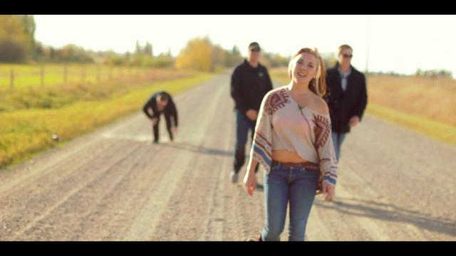 Rebecca Raabis - Run [OFFICIAL MUSIC VIDEO]